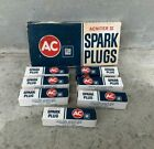 Vintage (7) AC GM Acniter II R45TS 5613303 Spark Plugs And Box