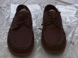 Russell & Bromley unisex snickers shoe size 40 Used but in excellent condition.
