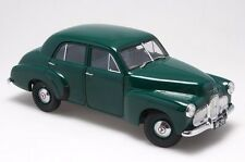 83712 HOLDEN FX 48-215 FORESTER GREEN DIE CAST MODEL CAR 1:18 SCALE