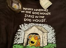 Stirrup unisex T-Shirt Small SS Navy * What Happens in the Doghouse NWT