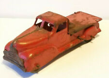 VINTAGE Red WYANDOTTE PRESSED STEEL WIND UP TRUCK Parts or Restoration