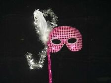 EYEMASK: SEQUINED FUCHSIA ON A STICK