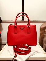 Prada Galleria tote bag Leather, Red. GOOD condition MEDIUM