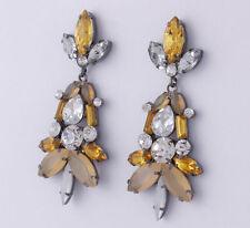 Mode-Ohrschmuck im Ohrstecker-Stil mit Strass-Perlen und Tropfen-Schliffform