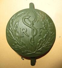 Rondache,attribut casque ADRIAN Service de Santé,2ème Guerre mondiale,peint kaki