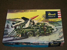 Revell 1/40 Scale Lacrosse Missile With Mobile Launcher