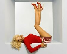 Christina Aguilera Short 8x10 Picture Celebrity Print