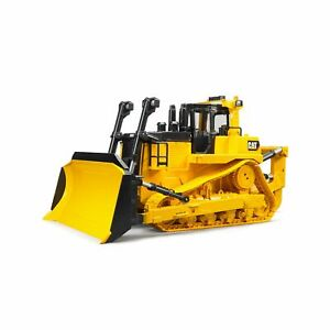 BRUDER CAT LARGE TRACK-TYPE TRACTOR 02453