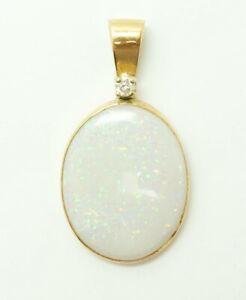 Vintage 14K Gold Oval Australian Pinfire Opal Diamond Necklace Pendant