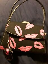 VALLEMOSSO Pink Lip Purse. AVON  NEW with Tag
