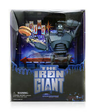 Diamond Select Sdcc 2020 Exclusive Iron Giant Cosmo Burger Action Figure In Hand
