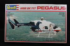 XQ013 REVELL 1/32 maquette helicoptere 4465 MBB MB 117 Pegasus année 1988
