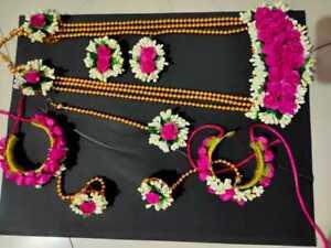 Indian Women Floral Necklace Set Maangtikka Bracelet Costume Jewellery Flower