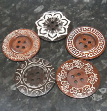 """Sewing BU1167 Craft 5 Large Dark Brown Wooden /""""Made with Love/"""" Buttons 40MM"""