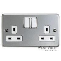 MK - K2946 ALM - Metalclad Plus - 13a Twin Switched Socket Outlet New