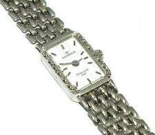 Ladies/womens stylish 9ct white gold Sovereign wristwatch set with diamonds
