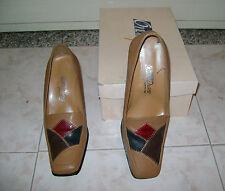 scarpe marrone chiaro con tacco n. 38 usati poco in ottime condizioni