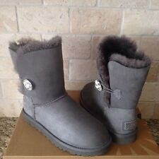 UGG Classic Short Bailey Button Bling Gray Grey Suede Fur Boots Size 8 Womens