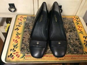Brooks Brothers Womens Black Patent Leather High Heel Pumps shoes Size 7.5M