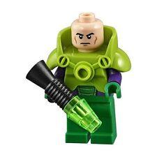 NEW LEGO LEX LUTHOR MINIFIG w/ KRYPTONITE BLASTER from 10724 minifigure po sh292
