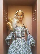 NRFB FRENCH KISS VANESSA W CLUB EXCLUSIVE doll Integrity Fashion Royalty FR