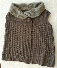 Hannah Faux Fur Trim Cable Knit Vest - Size Medium - Gray