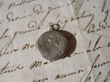 Ancien petit pendentif religieux en argent Ex-Voto  - XIXème