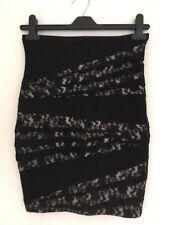 Bnwot Ladies Black & Beige Lace Zip Mini Skirt  Size 10 By Topshop