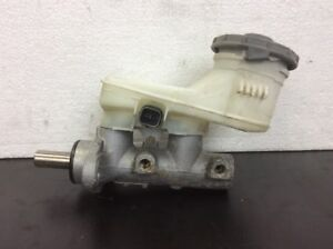 02 03 04 Honda CRV ABS Brake Master Cylinder Assy With ABS Used OEM