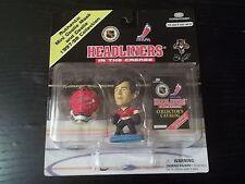 1998 JOHN VANBIESBROUCK NHL HEADLINERS FIGURE IN THE CREASE MINI GOALIE MASK