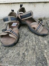CLARKS ATL MENS Leather Sandals - 9 G