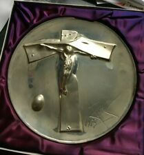 "The Lincoln Mint 1972 Annual Easter Plate: ""Easter Christ"" by Salvador Dali"