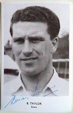 Brian Taylor Essex Cricket Postal Firmada