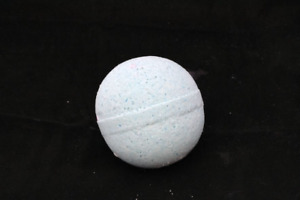 Lavender Essential Oil Bath Bomb, Made with Mineral Salts, Clays and Hemp Oil