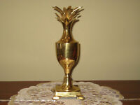 """HOLYWOOD REGENCY STYLE  9.5"""" tall PINEAPPLE Solid Brass Tapper Candle Holder"""