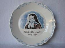 Assiette en faïence de Nevers Signée A. MONTAGNON Ste Bernadette Religieuse XXe