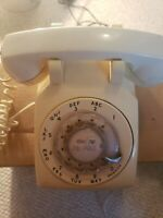 Vintage Bell System Western Electric White Rotary Dial Desk Phone Untested as is