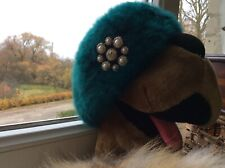 Vintage hat beret cc with brooch / head measure 20.8� = 53 cm