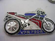PIN'S MOTO  /  HONDA VFR 750R  /  SUPERBE
