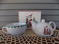 2 Piece Christmas Santa Tea for One Set Teapot w/Lid & Cup Mug Living Quarters