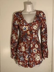Forever 21 Red Long Sleeved Boho Floral Print Knit Mini Romper, Size S