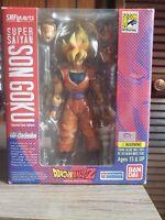 S.H. Figuarts SDCC 2011 Dragon Ball Z Super Saiyan Son Goku Exclusive