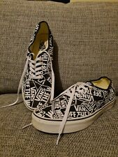 Lace Up VANS off the wall black white trainers Sneekers Size UK 11