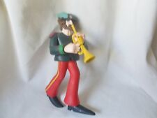 THE BEATLES GENUINE McFARLANE YELLOW SUBMARINE TOY FIGURE RINGO WITH TRUMPET !