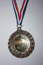 Médaille NUMÉRO 3 Métal Bronze avec ruban diamètre 70 mm poids 60 gr
