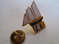 PIN'S FR3