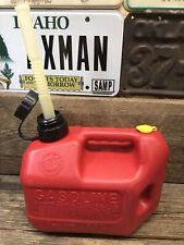 Blitz 1 Gallon 4 Oz Vented Gas Can 11805 Pull Out Flex Spout