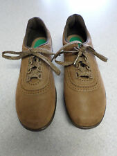 SAS brown leather oxfords. Women's 8.5 N made in USA!