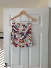 LADIES 'BAYLISS AND KNIGHT' WHITE/ MULTI FLORAL BANDEAU TOP. SIZE 10. GOOD COND.