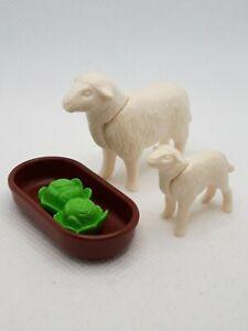 Playmobil Schaf mit Schäflein und Futterstelle
